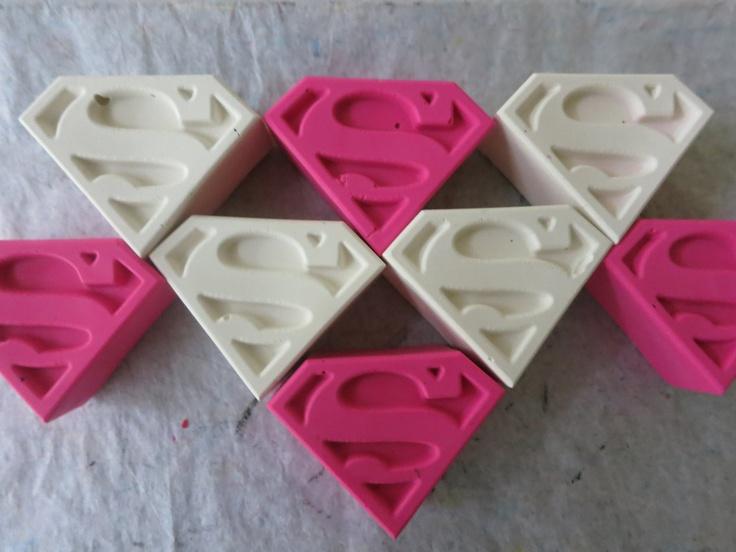 ae488d7db1c25ca81b2fde7b3a75feeb--superhero-girl-superhero-party